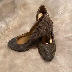 Fioni Night Metallic Heels
